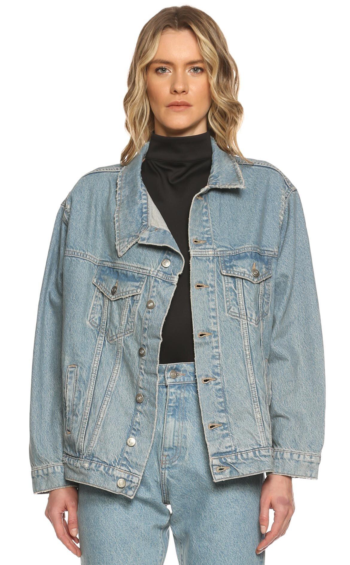Neta  Ceket