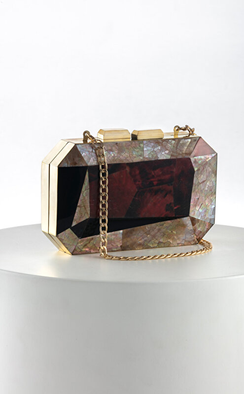 Luya Handcrafts Clutch